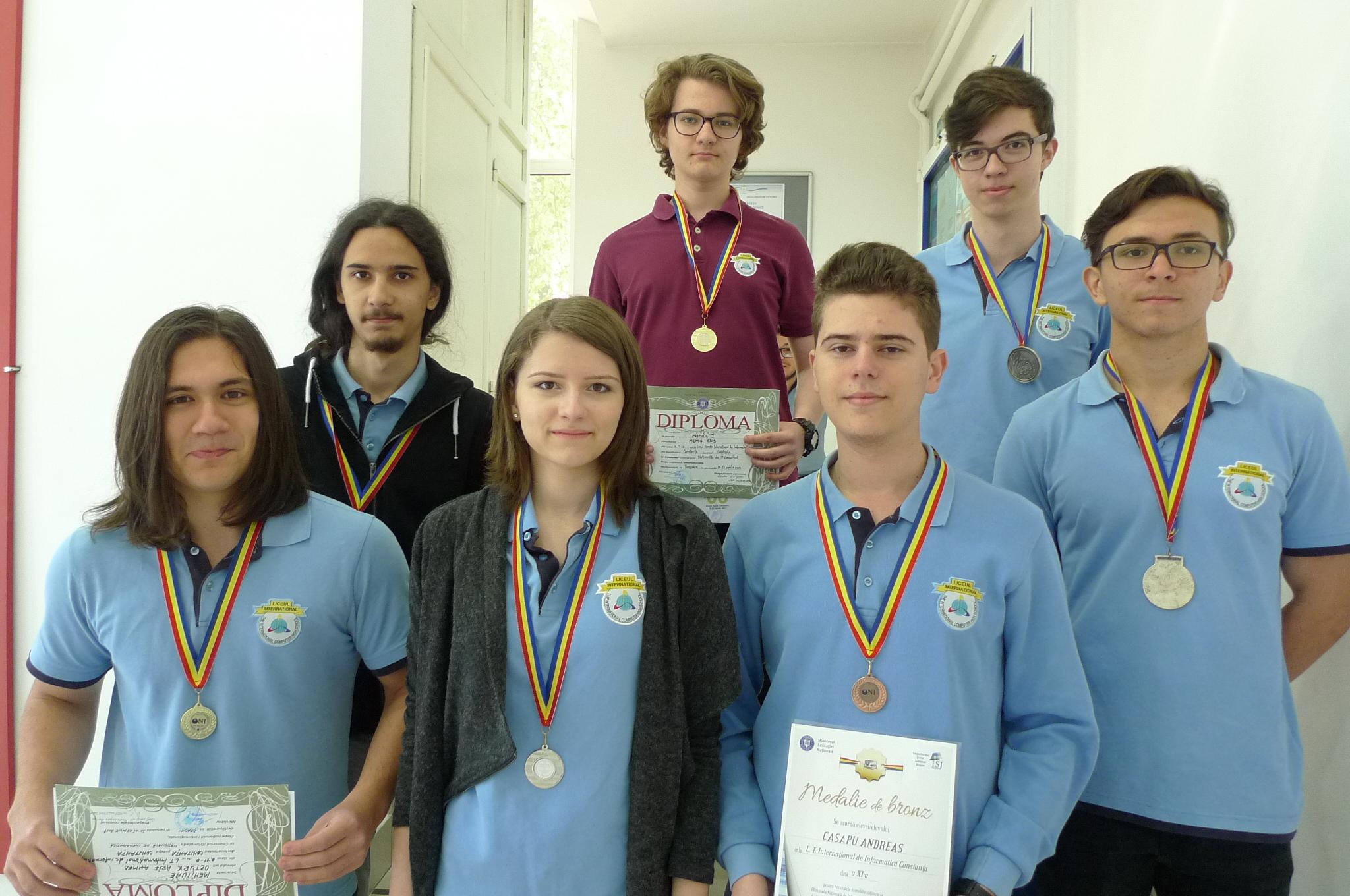 Informaticieni de aur, argint si bronz la Olimpiada de Informatica