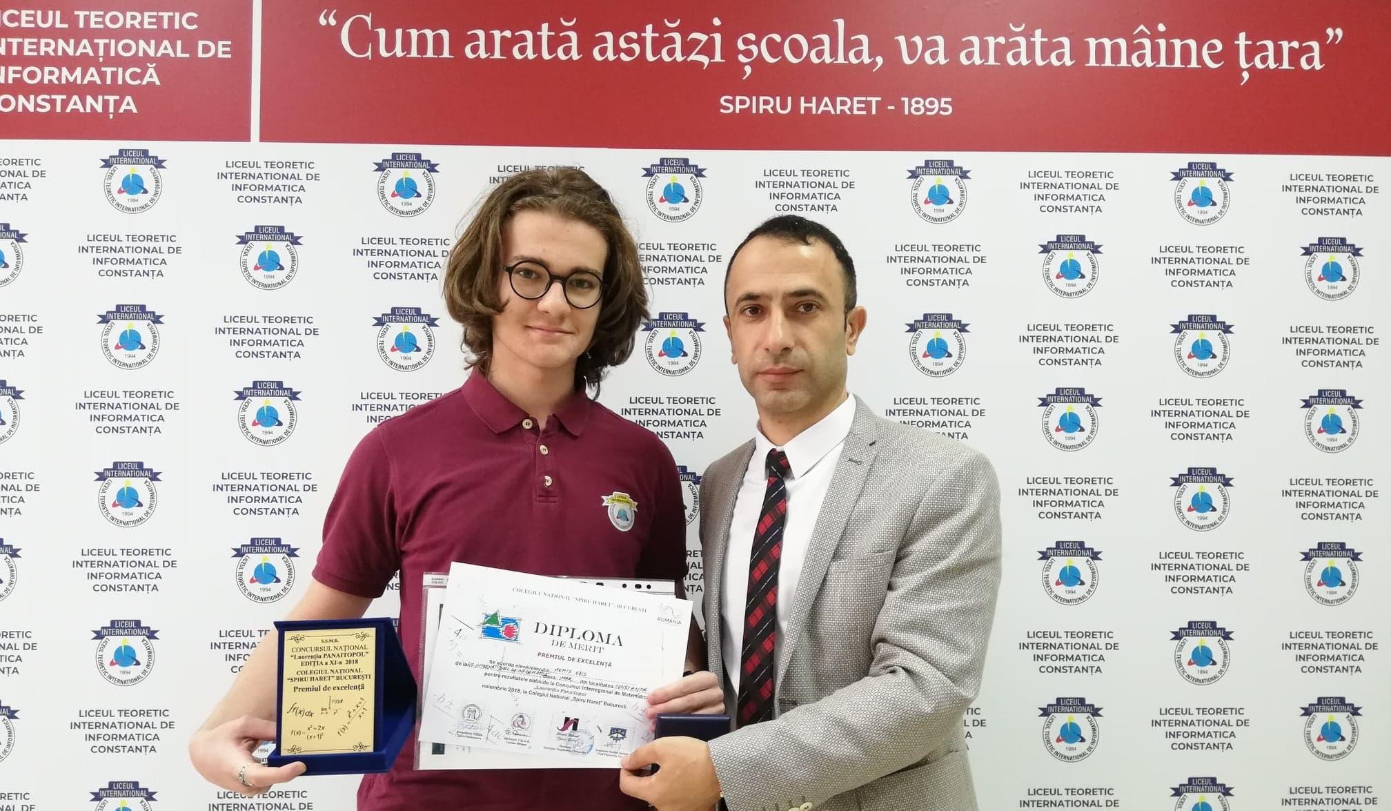 Felicitari lui Edis Memiș pentru Premiul de excelenta obtinut la Concursul Național de Matematică