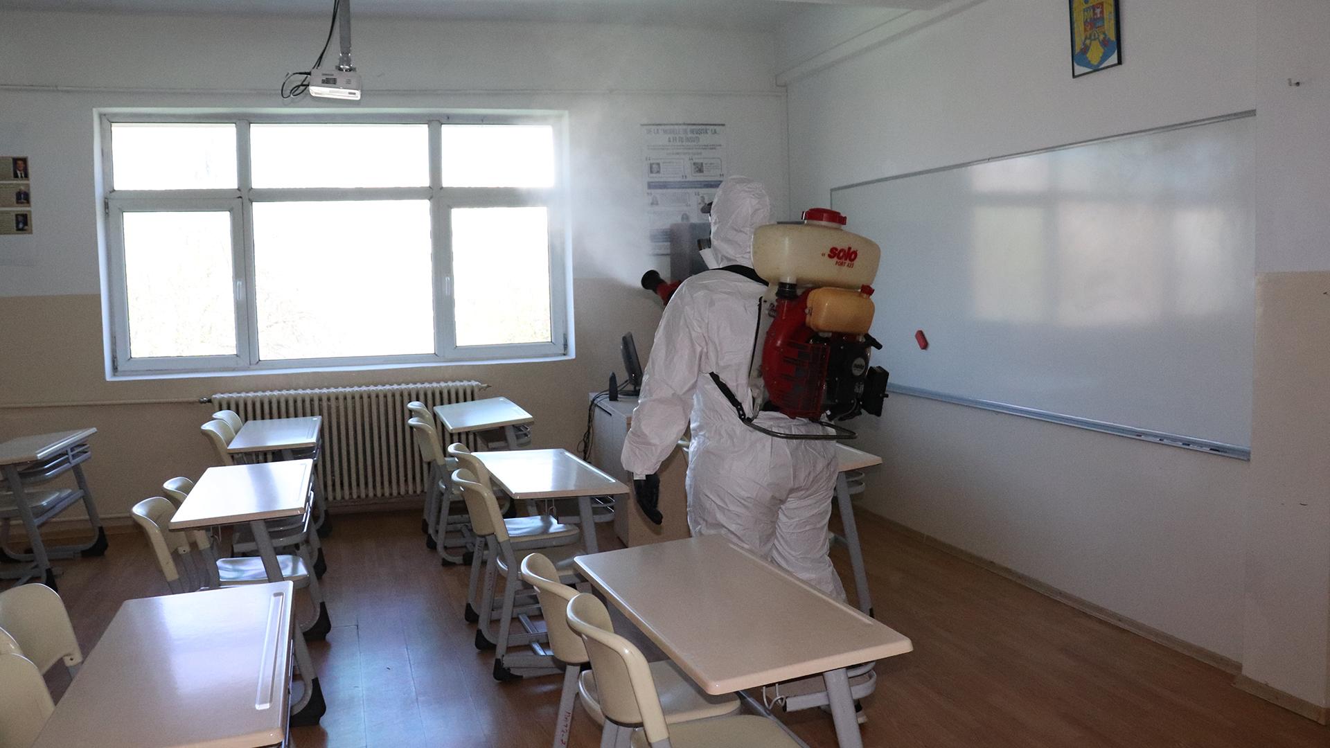 Dezinfecția spațiilor și sălilor de curs