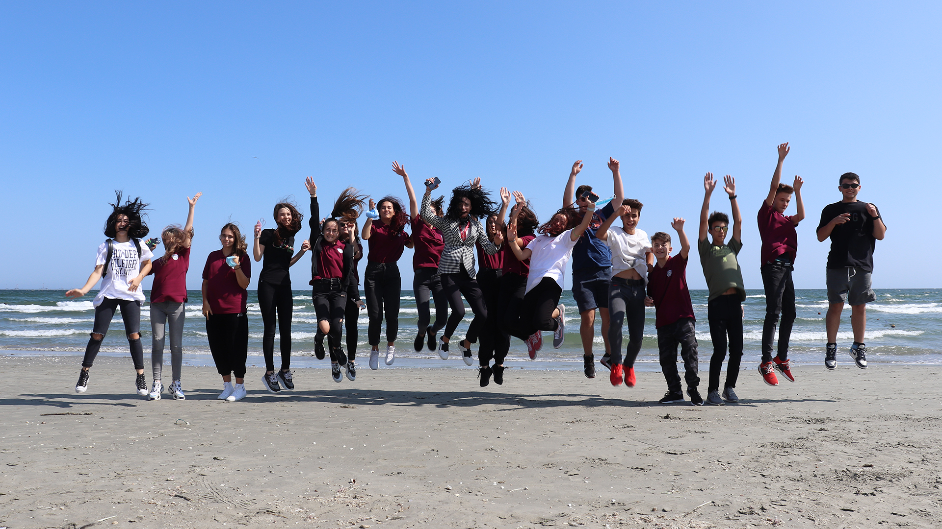 Bobocii ICHC- prima activitate extrașcolară în aer liber!